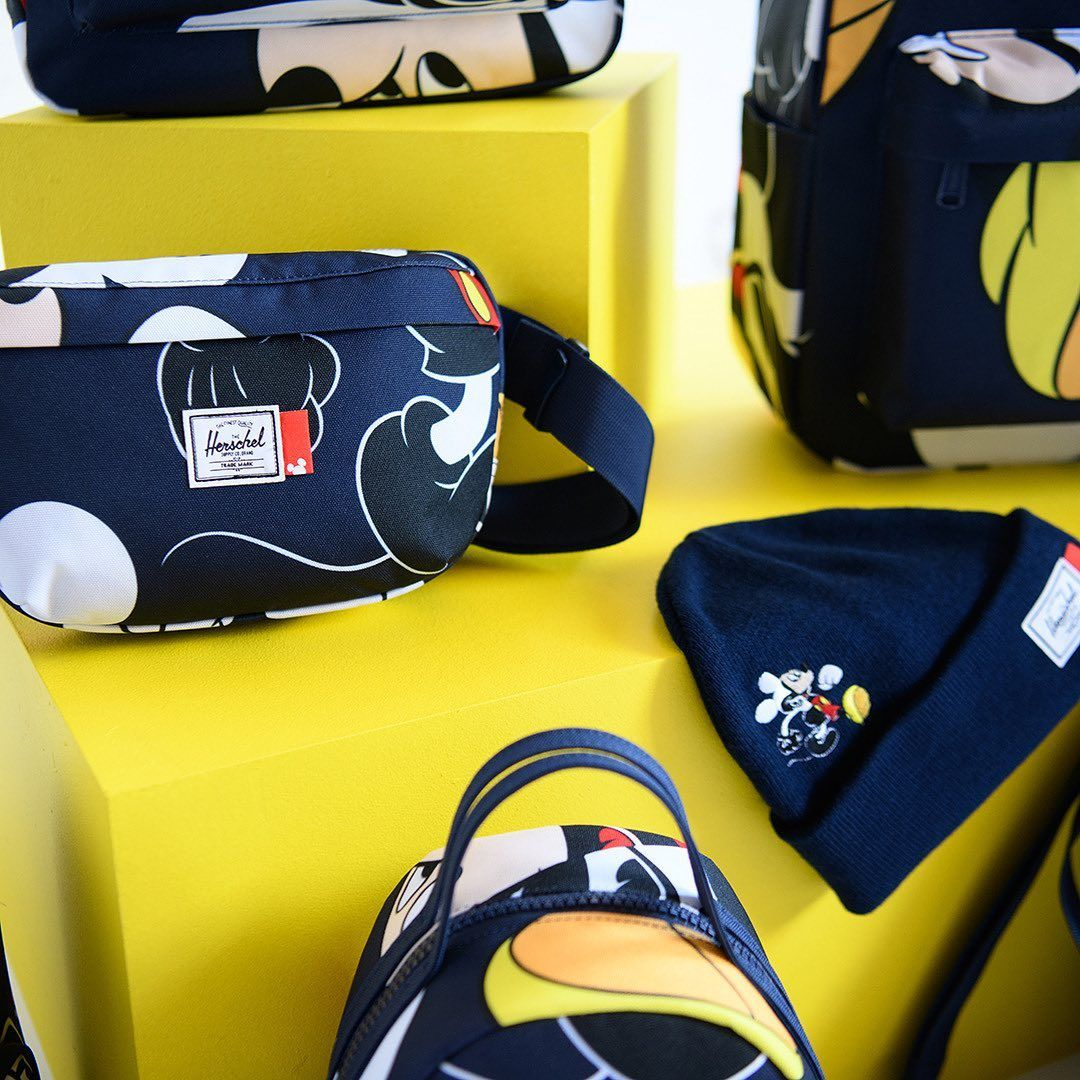Herschel Supply: Nineteen Hip Pack Disney
